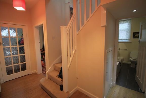 BoligBytte til,United Kingdom,Edinburgh,Hallway and stairs