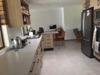 Home exchange in,Australia,Byron Bay, 39k, S,Recently renovated kitchen