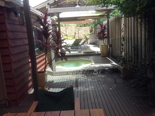 Home exchange in,Australia,WOOLGOOLGA,Outdoor spa pool