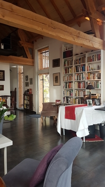 Home exchange in,France,Rocamadour,Art works and books