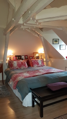 BoligBytte til,France,Rocamadour,Bedrooms feature original 18th-century wood beams