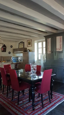 Home exchange in,France,Rocamadour,Dining room