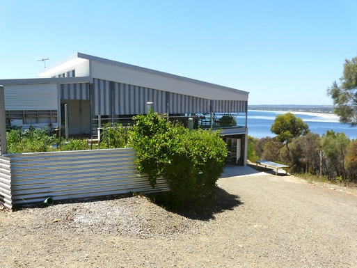 BoligBytte til,Australia,American River,View of house from west looking east
