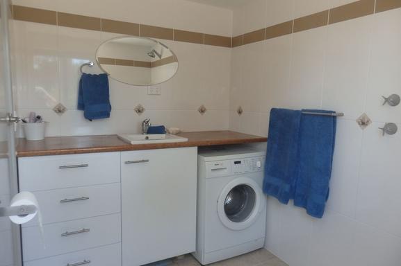 BoligBytte til,Australia,American River,Bathroom Washing machine downstairs sea la view