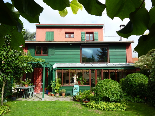 maison côté jardin