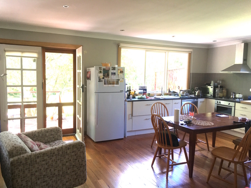 Home exchange in,Australia,Leura,kitchen opens to back deck
