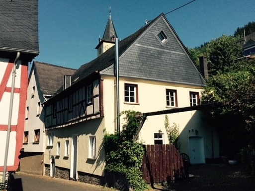 BoligBytte til,Germany,Burg Mosel,House from south west