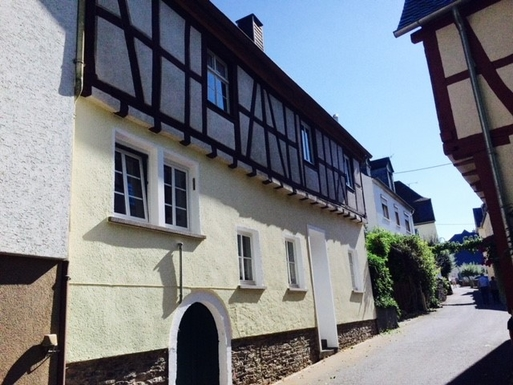 BoligBytte til,Germany,Burg Mosel,House from street