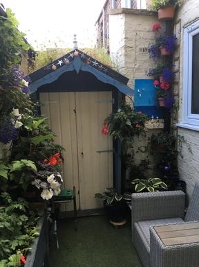 BoligBytte til,United Kingdom,York,Small but beautiful back yard - a sun trap