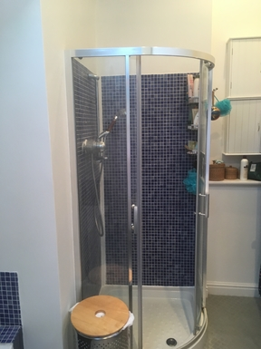 BoligBytte til,United Kingdom,York,Shower in family bathroom