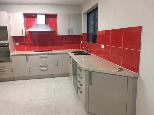 Full size open plan kitchen