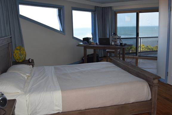 Home exchange in,Australia,SANDSTONE POINT,Upstairs-Master-Bedroom-a