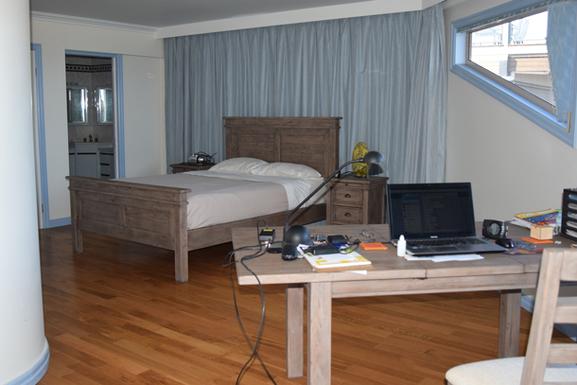 Home exchange in,Australia,SANDSTONE POINT,Upstairs-Master-Bedroom-b