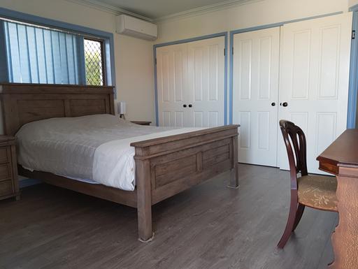Home exchange in,Australia,SANDSTONE POINT,Bedroom-Sea-Side