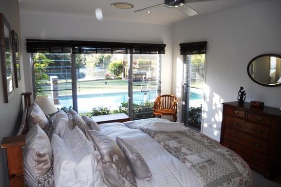 Home exchange in,Australia,Noosaville,Main bedroom.