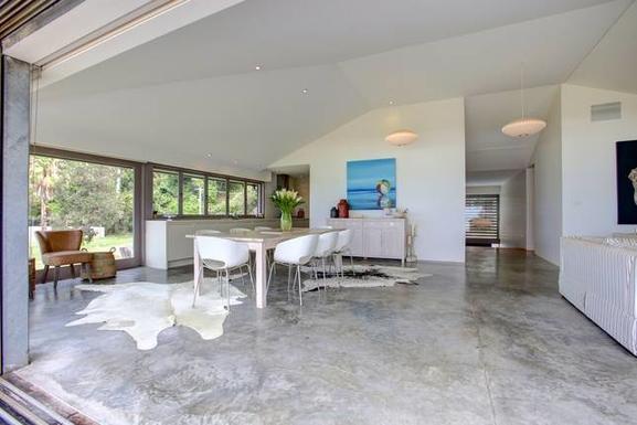 Home exchange in,Australia,Coffs Harbour, 9k, N,living/kitchen