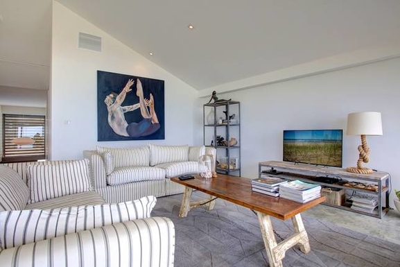 Home exchange in,Australia,Coffs Harbour, 9k, N,living/lounge