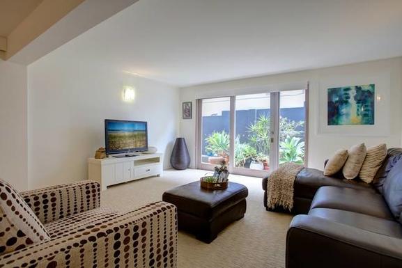 Home exchange in,Australia,Coffs Harbour, 9k, N,tv/living lower level