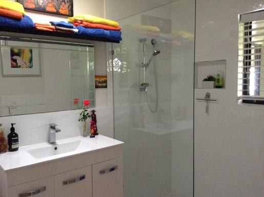Home exchange in,Australia,Cornubia,Family Bathroom