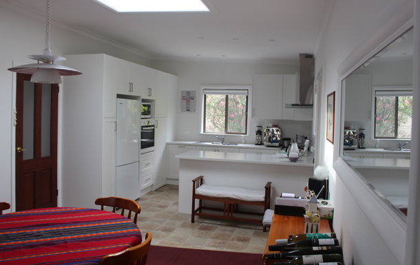 Home exchange in,Australia,Sydney's Northern Beaches,Kitchen/Dining Room