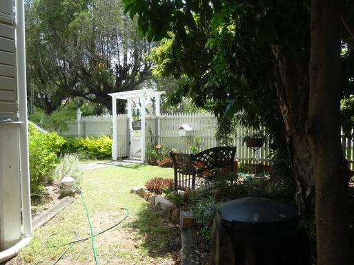 Home exchange in,Australia,WINDSOR,Another view of front yard garden