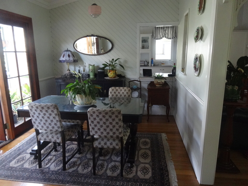 Home exchange in,Australia,WINDSOR,Dining room betw deck & formal lounge nxt kitchen