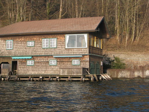 Home exchange in Austria,Mondsee, Oberösterreich,Cosy  summer residence directly on the water,Home Exchange & Home Swap Listing Image
