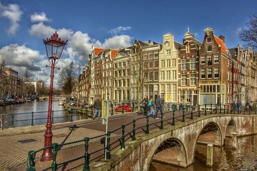 BoligBytte til,Netherlands,Amersfoort (Amsterdam 50N), 0k,,Amsterdam