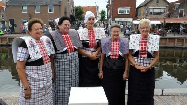 BoligBytte til,Netherlands,Amersfoort (Amsterdam 50N), 0k,,Traditional costumes in nearby Spakenburg