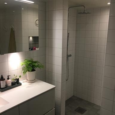 BoligBytte til,Sweden,Stockholm,Extra deep tub, waterfall shower, sauna