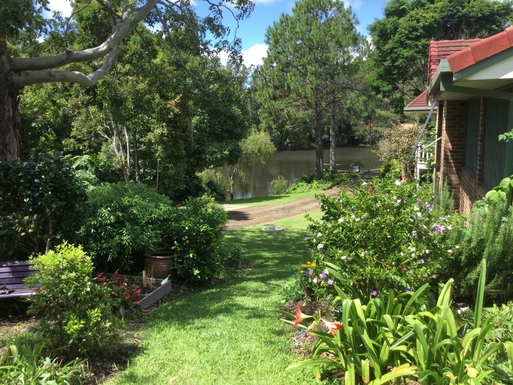 Home exchange in,Australia,Coffs Harbour,Positioned right on lagoon