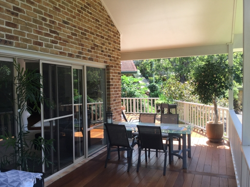 Home exchange in,Australia,Coffs Harbour,Outdoor eating on the deck.