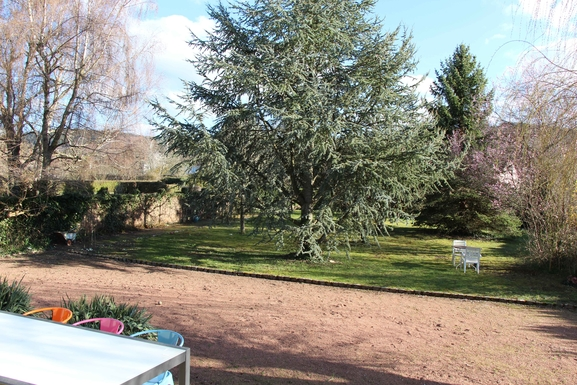 Huizenruil in  Frankrijk,AUTUN, BOURGOGNE,House with a beautiful garden in  Burgundy !,Home Exchange Listing Image