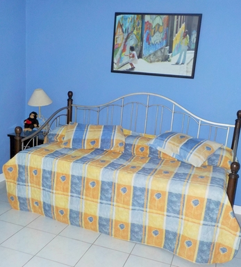 BoligBytte til,Mexico,Mazatlan,Trundle bed, 2nd bedroom. 2 twins or 1 king size.
