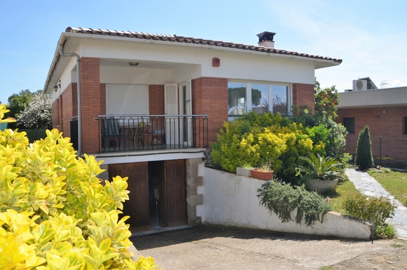 ,Home exchange in France|Joue les Tours