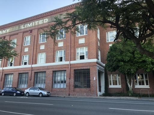 Home exchange in,Australia,TENERIFFE,Saratoga Wool store