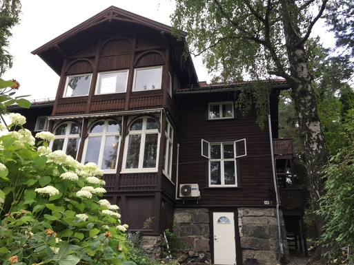 Cosy flat in charming villa overlooking Oslofjord