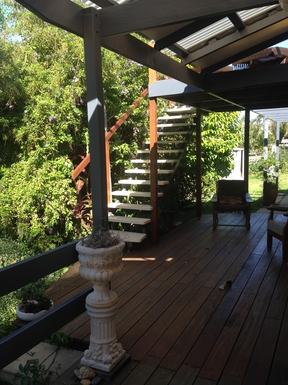 Home exchange in,Australia,COFFS HARBOUR,stairs to upper deck