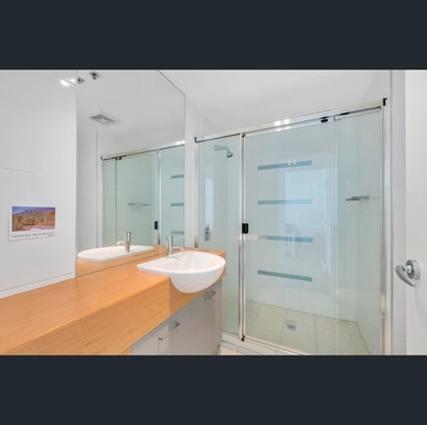 Home exchange in,Australia,Labrador,2nd bathroom