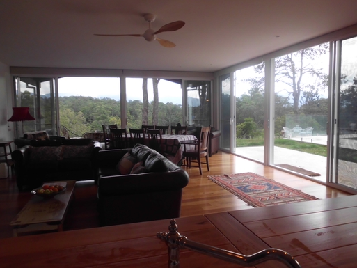 Home exchange in,Australia,Bellingen,living dining room