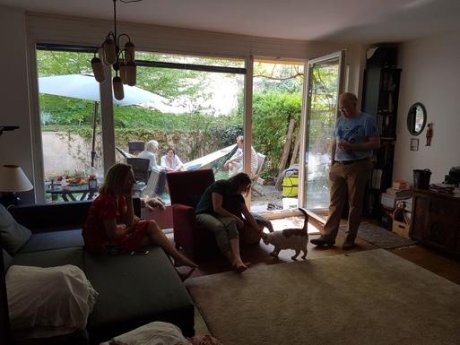 Home exchange in,Austria,Wien,living room, always crowdy with friends,and garden