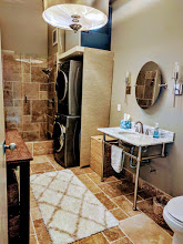 Home exchange in,United States,Portland,Bathroom w/laundry