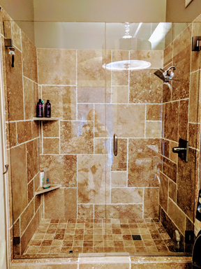 Home exchange in,United States,Portland,Enclosed glass shower with rainfall showerhead