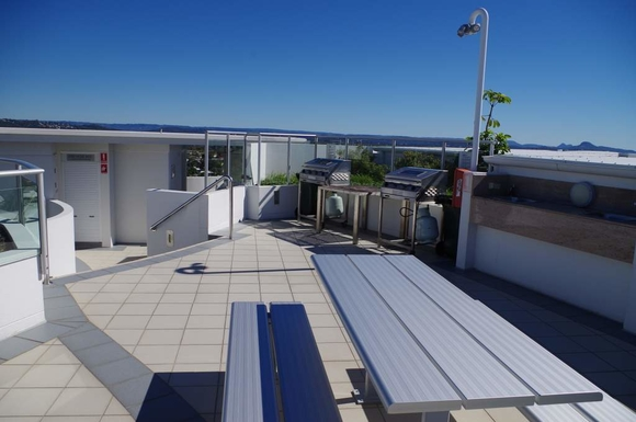 Home exchange in,Australia,Maroochydore BC,Rooftop BBQ for residents and guest