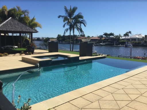 Home exchange in,Australia,PELICAN WATERS/GOLDEN BEACH,Luxurious north facing canal front property