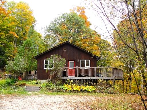 Home exchange in Canada | La Peche | Maison dans les bois, Wakefield ...