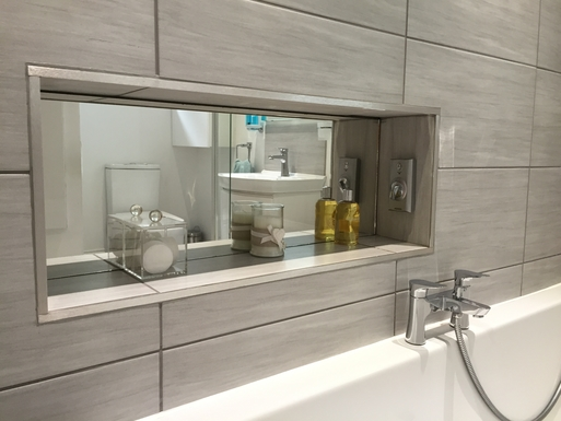 Home exchange in,United Kingdom,Halifax,Relax and restore in a beautiful bathroom