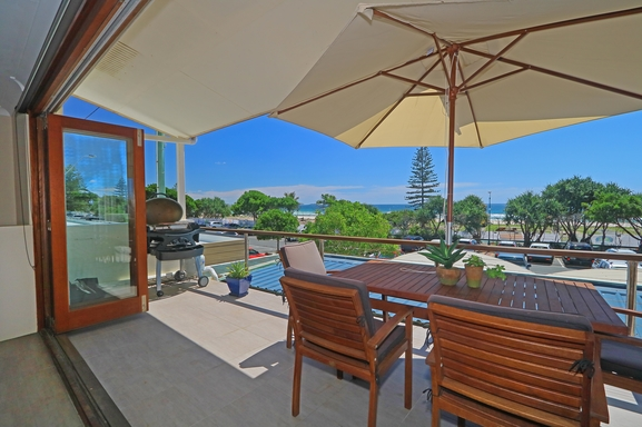 Home exchange in,Australia,Kingscliff,Front Balcony - Marine Parade