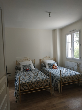 BoligBytte til,France,BLOIS,Children bedroom (matress topper available)