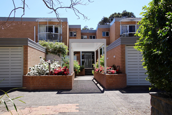Home exchange in Australia,LANE COVE, New South Wales,Australia - 8km NW of Sydney CBD - Apartment,Home Exchange  Holiday Listing Image